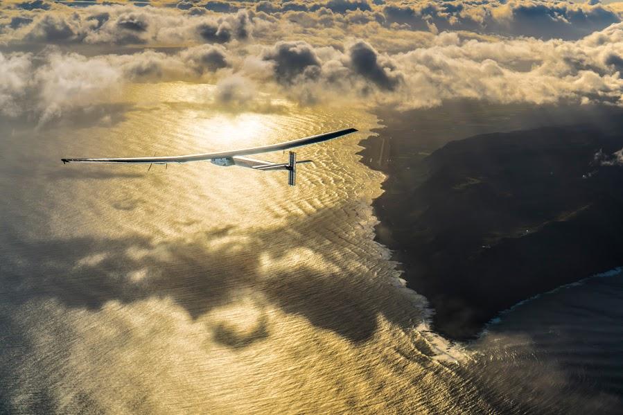 Solar Impulse 2 Hawaii to Moffet Take off - Solar Impulse website