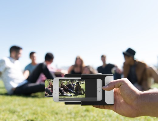 Prynt phone case turns your phone into an instant camera