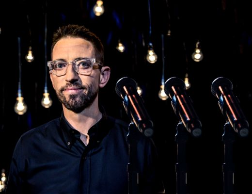 Neal Brennan in 3 Mics on Netflix
