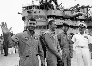 201005 LM Apollo 13 crew