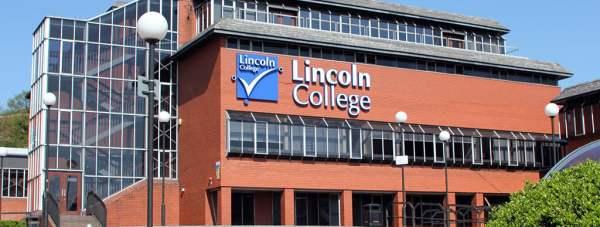 Lincoln-College-2