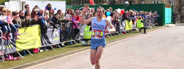 Ben Livesey of RAF Waddington won the 17th annual Active Nation Lincoln 10k. Photo: Steve Smailes for The Lincolnite