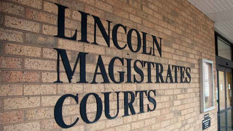 lincoln-magistrates-courts-main-sign-front-dc