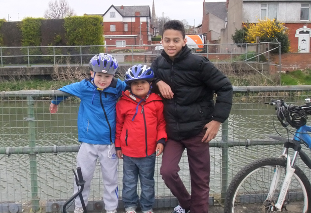 (L-R) Ethan Waby, Theo Hayes and Ollie Walling took part in the sponsored bike ride for Lincoln food banks. Photo: Tami Hayes