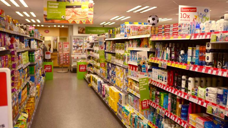 Inside the the Boultham Park Road Co-op store in Lincoln. Photo: Steve Smailes/The Lincolnite