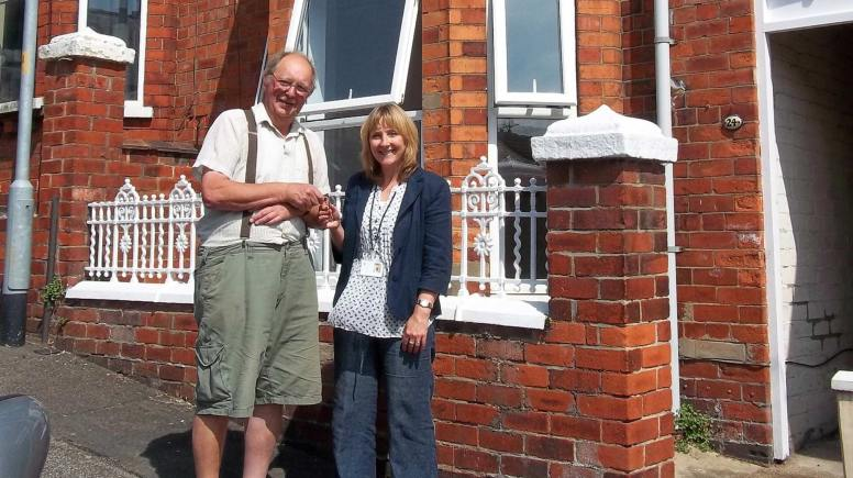 City of Lincoln Council's Private Housing Liaison Officer Joanna Gray with landlord Howard Kemp.