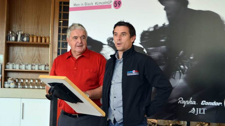 Event organiser Ian Emmerson OBE with Lincoln Grand Prix 2007 winner Dean Downing.