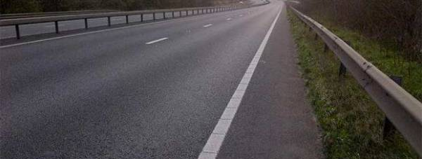 The carriageway was closed off to allow for recovery. Photo: Nottinghamshire Police