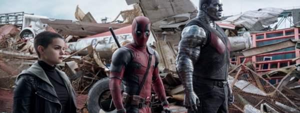 Ryan Reynolds, Stefan Kapicic and Brianna Hildebrand in Deadpool. Photo by 20th Century Fox.
