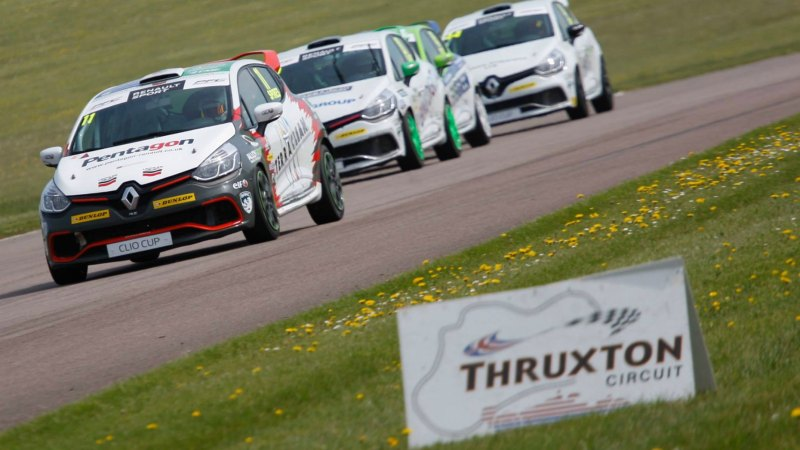 The Lincoln Car Team came 5th and 6th in their races at Thruxton on Sunday. Photo: Jakob Ebrey Photography