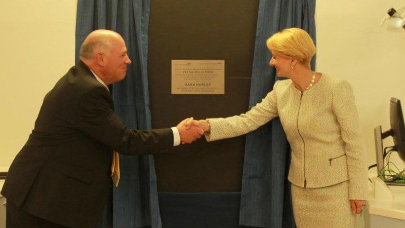 Sara Hurley unveiling the plaque with Stephen Dixon, Associate Post Graduate Dean for Health Education England.