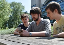 Ryan Burton, Adam Walker and Neville King have created a new mobile game called Boxik.