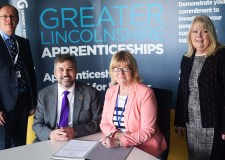 LCG CEO Gary Headland and GIG CEO Gill Alton signed a memorandum of understanding this week.