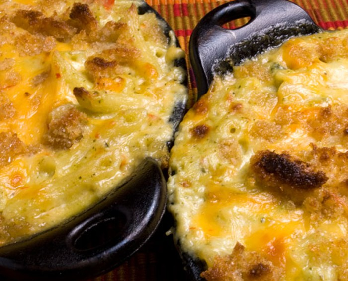 LunaCafe Green Chile Macaroni and Cheese