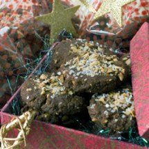 Mocha hazelnut cookies in a box 250  Christmas Cookies: Starry Night