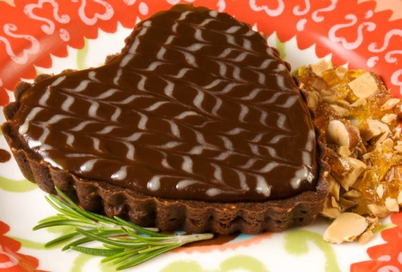Burnt sugar and rosemary chocolate tart with praline square 4 Burnt Sugar & Rosemary Chocolate Tarts