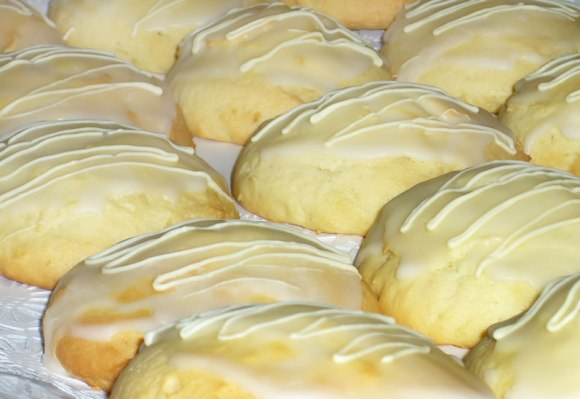 Lemon Cake Cookies with Lemon Icing