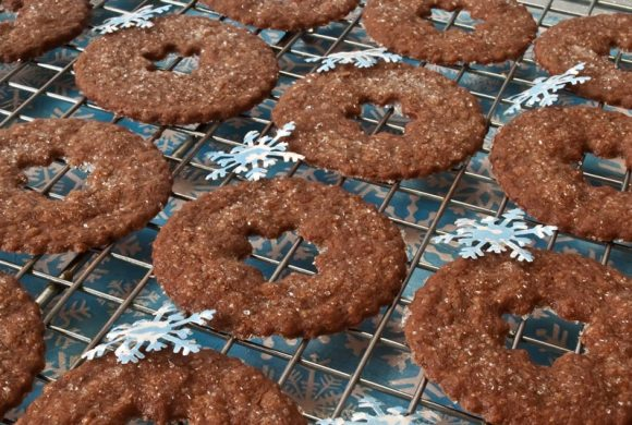 Cookie 6 Chocolate & Warm Winter Spice Butter Crisps