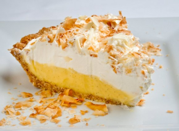 Rosalyn's Toasted Coconut White Chocolate Dream Pie