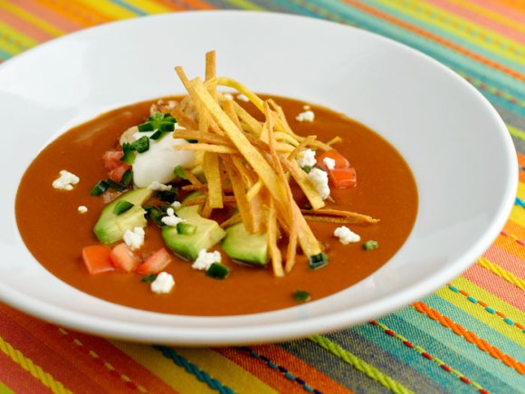 Serving 1 Mexican Tortilla Soup with Frizzled Tortillas