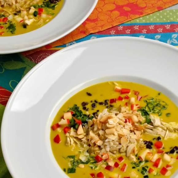 Serving 4 Spicy, Creamy Mulligatawny Soup