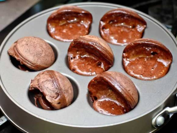 Mexicano Chocolate Ebelskivers Three Quarter Turned1 Mexicano Chocolate Ebelskivers (Aebleskivers)