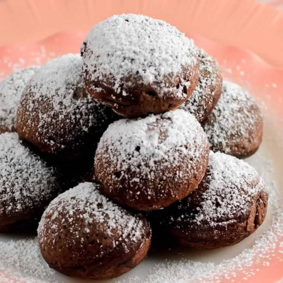 Serving 2 Mexicano Chocolate Ebelskivers (Aebleskivers)