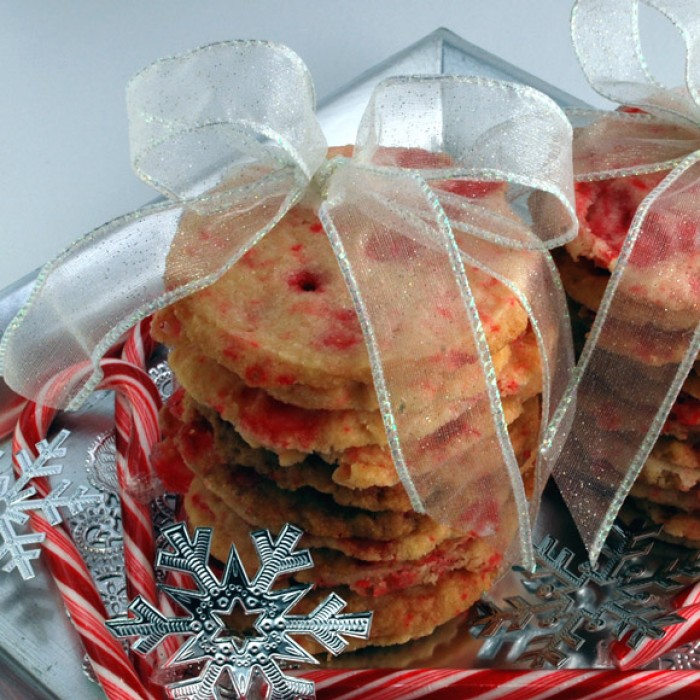 Peppermint Stick Shortbread | LunaCafe