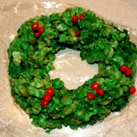 Baking for the Holidays Part II- Holiday Wreaths