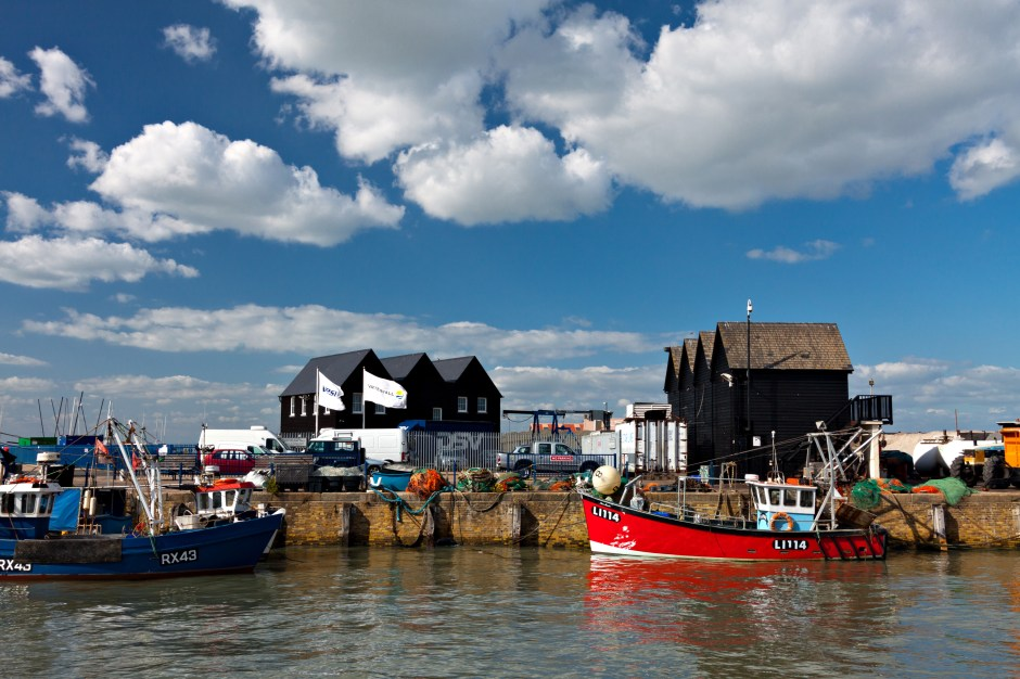 english-summer-harbour