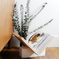 DIY Wooden Magazine Rack