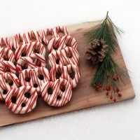 Chocolate Covered Pretzels - Christmas Style