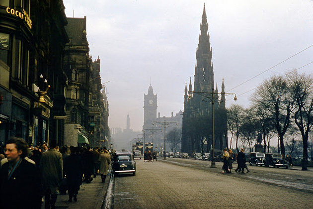 24 Stunning Kodachrome Photos Documented Everyday Life of Britain in the early 1950s