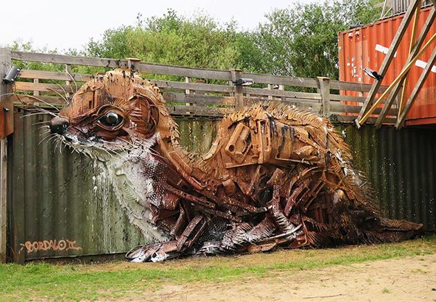 trash-animal-sculpture-artur-bordalo-2
