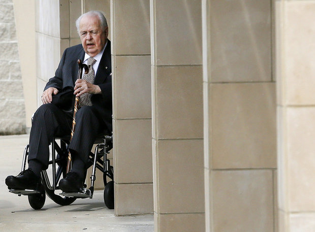 New Orleans Saints owner Tom Benson leaves the New Orleans Saints facility, Monday, Nov. 16, 2015, in Metairie, La. (Jonathan Bachman/AP Photo)