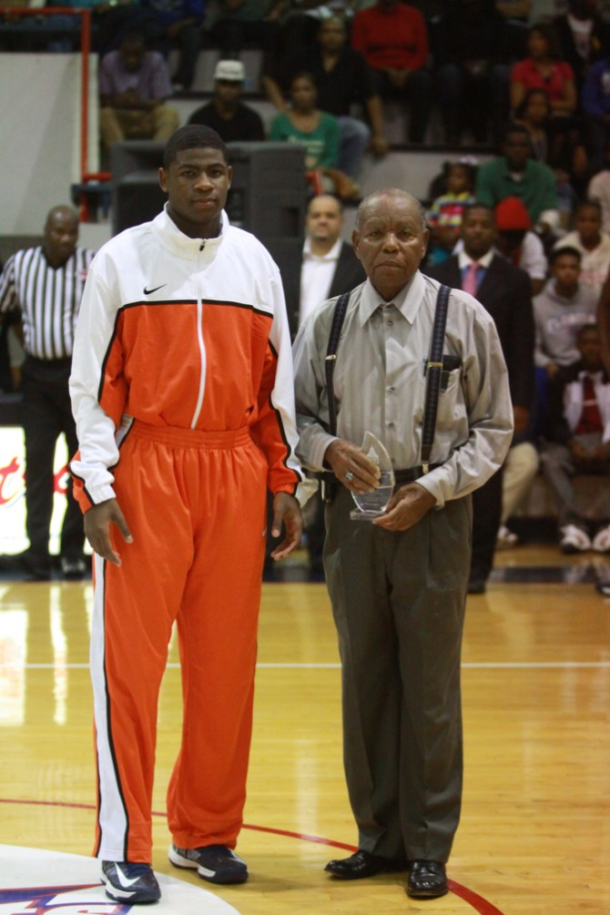 Coach Orsmond Jordan Jr. with Callaway star Malik Newman