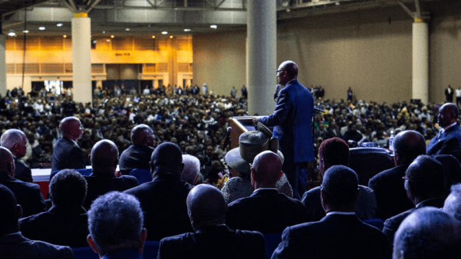 President Young addressing the National Baptist Convention, USA in New Orleans.