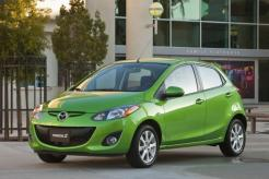 2013 Mazda2 overview