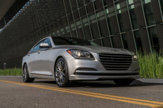 2017 Genesis G80 Overview luxury car grille
