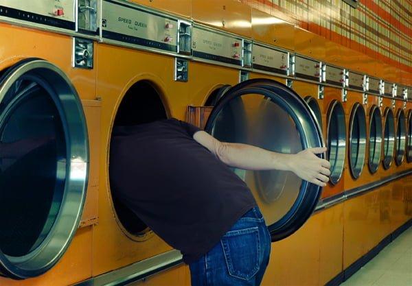 Laundry - Sergio LA