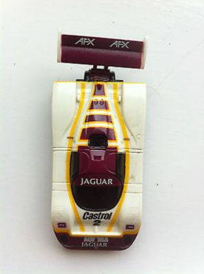 jaguar-aurora-slot-racing-car-45020