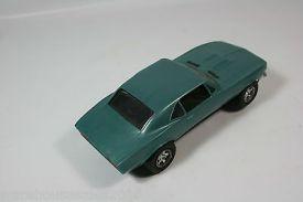 vintage-1960-s-revell-camaro-slot-car-55028