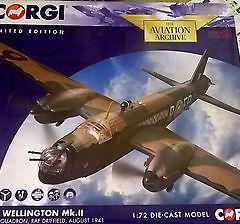 Corgi Die Cast Model Aircraft Vickers Wellington MK.II 1.72 Scale