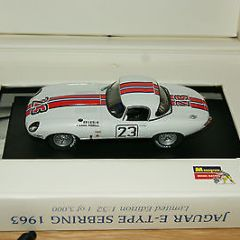 Revel Momogram Slot car Jaguar E-Type Sebring 1963 MIB