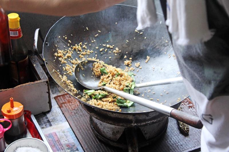 how to cook nasi goreng