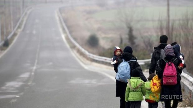 stranded-afghan-migrants