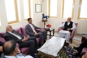 Hamid-Karzai-with-embassdor-of-Saudi-615x300@2x