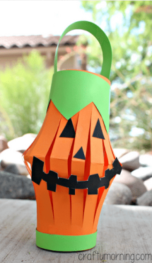 pumpkin-toilet-paper-roll-lantern-craft-for-kids