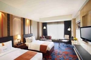 Two-bed guestroom at the Holiday Inn New Delhi Mayur Vihar Noida