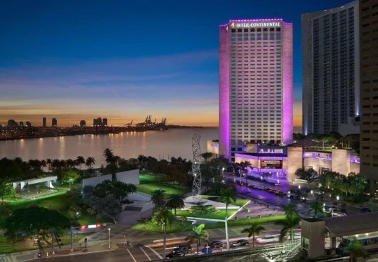 The InterContinental Miami is set right on Biscayne Bay